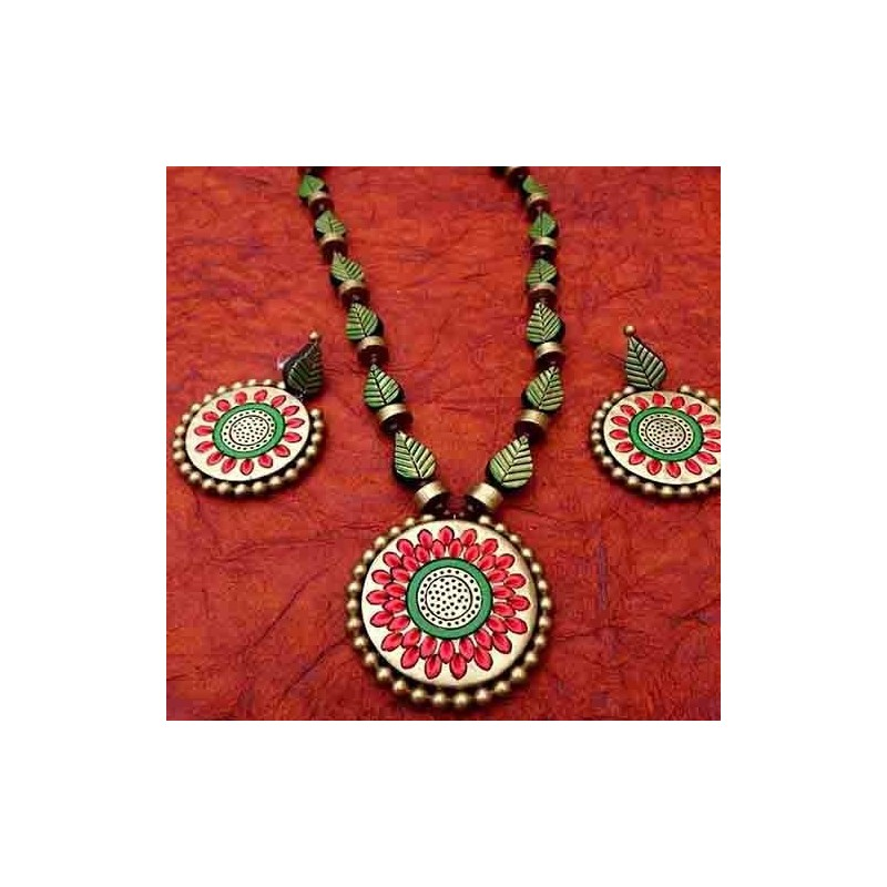 Heart shaped chocolate cake - 1kg