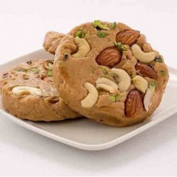 Strawberry Roses Photo Cake 2kg